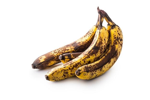 바나나. 그림자와 함께 흰색 절연 익은 바나나 위에.