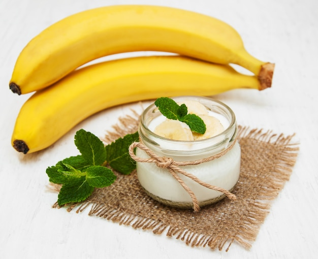 Banana with natural yoghurt