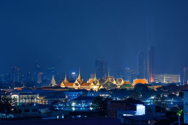 Bangkok city with temple of the emerald buddha