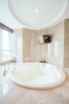 Bangkok, thailand - august 12 2016: beautiful luxury bathroom in