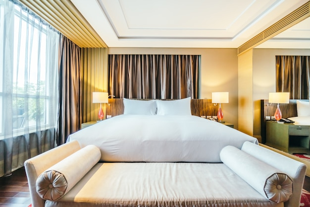 Bangkok, thailand - august 12 2016: beautiful luxury bedroom int