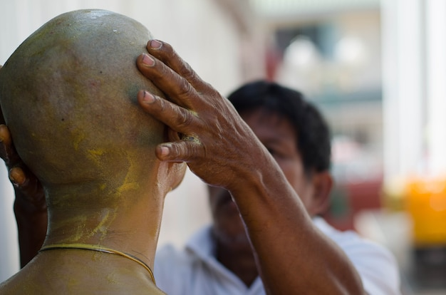 Бангкок, таиланд 18 декабря 2016 г. церемония посвящения в храм