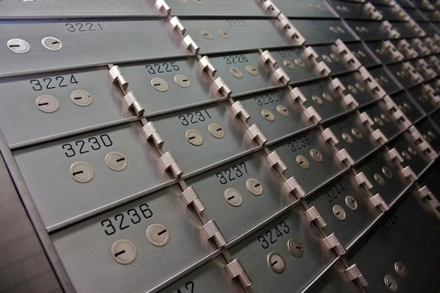 Bank vaultのセーフティボックス