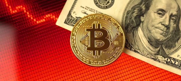 배너 비트코인 위기, 암호 화폐 및 달러 현금 돈, 배경에 빨간색 주식 차트