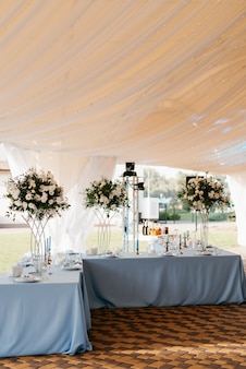 Banquet hall for weddings, banquet hall decoration Premium Photo