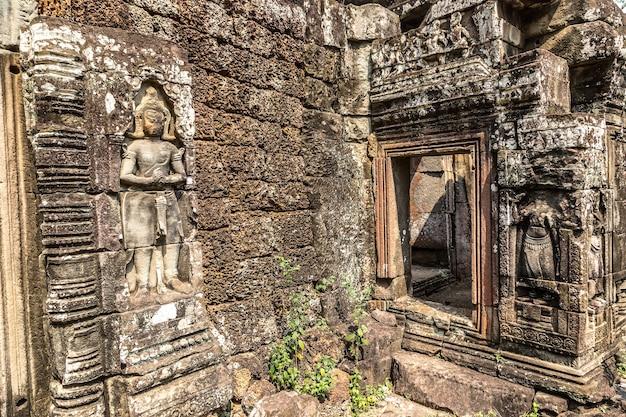カンボジア、シェムリアップのアンコールワットにあるバンテアイクデイ寺院