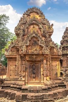 Banteay srei temple in angkor wat in siem reap, cambodia