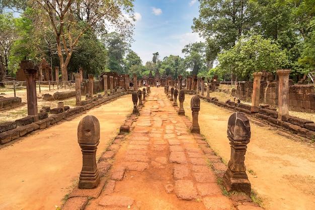 カンボジア、シェムリアップのアンコールワットにあるバンテアイスレイ寺院