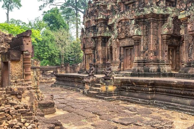 캄보디아 씨엠립 앙코르와트의 반테이 스레이 사원