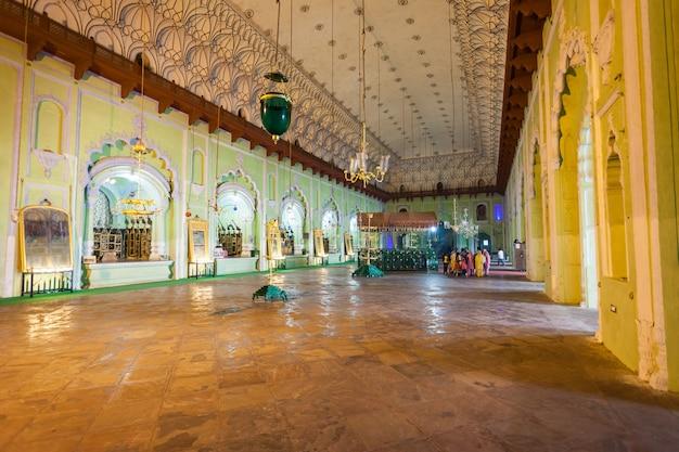 ラクナウbara imambara