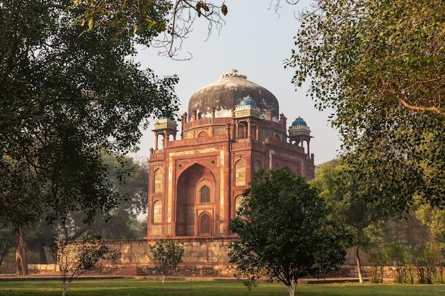 Barber's tomb in humayun's tomb complex on india, new delhi.