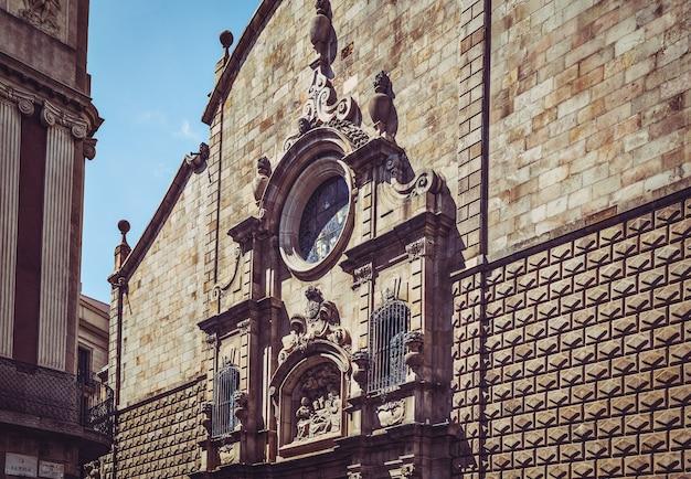 Барселона, испания, 20 сентября 2019 года. готический квартал в барселоне, каталония, испания. документальное редакционное изображение.
