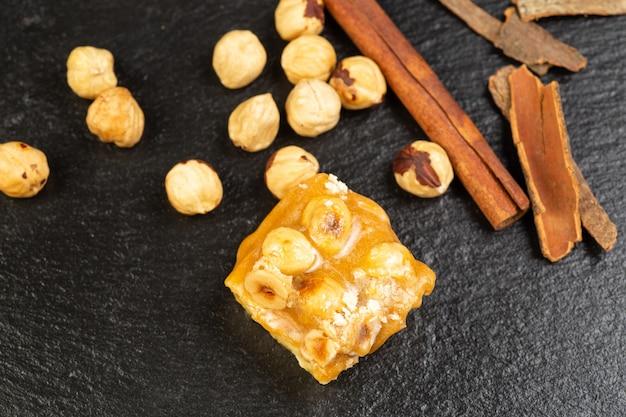 Самодельная веганская конфета barfi индийская сладость