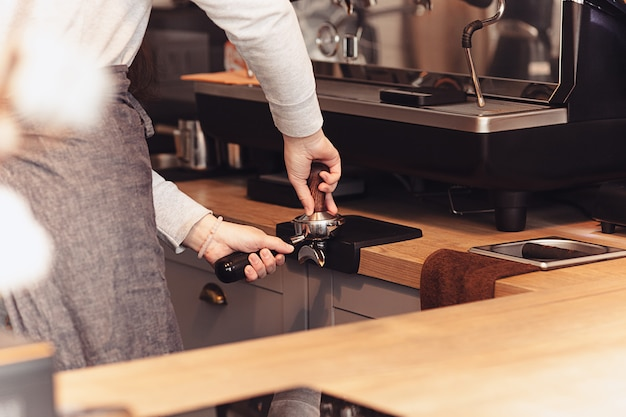 바리 스타, 카페, 커피 만들기, 준비 및 서비스 개념