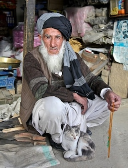 Bart man turban bedouin old afghan afghanistan