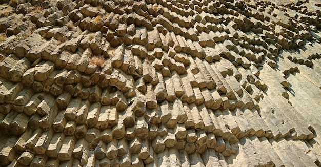 アルメニアのガルニ渓谷にある石の交響曲として知られる玄武岩柱