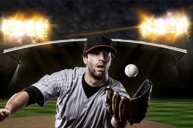 야구 경기장에 야구 선수.