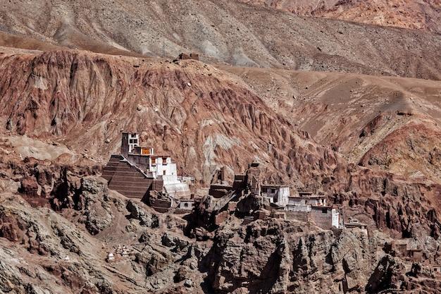 バスゴ修道院。インド、ラダック