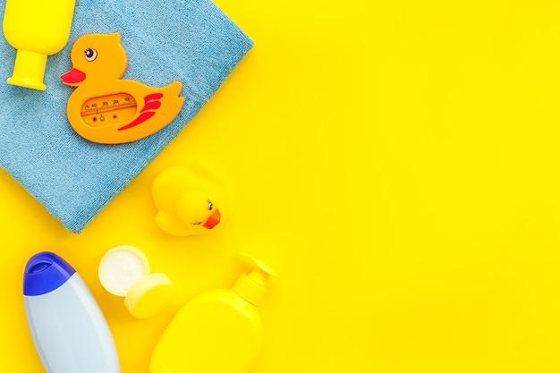 子供用バスアクセサリー黄色いゴム製ダックタオル