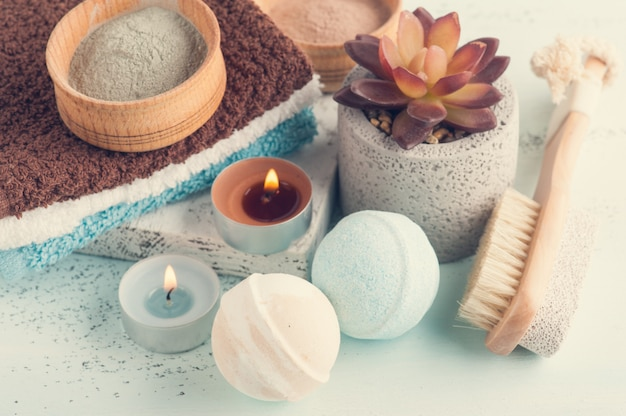 Bath bombs and moroccan clay powder