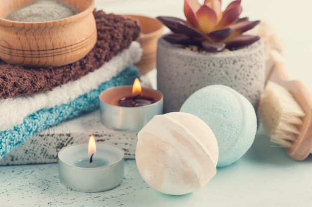 Bath bombs and moroccan clay powder