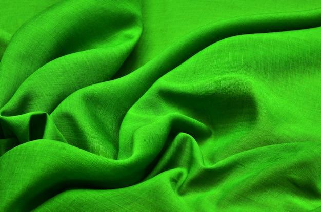 Ткань батист зеленого цвета.