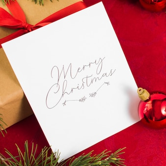 Baubleとクリスマスの挨拶カード