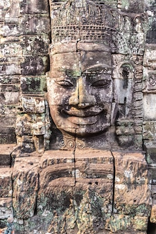Храм байон в ангкор-ват, камбоджа