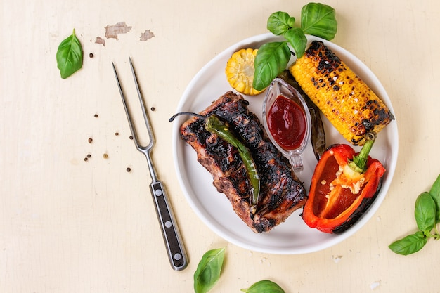 Bbq meat and vegetables