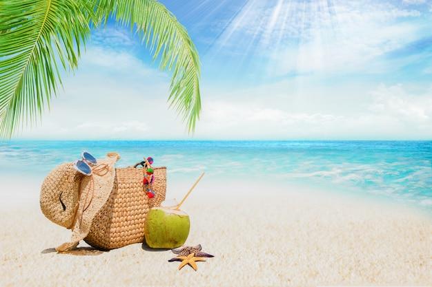 모래 해변 액세서리, 여름 휴가 배경, 여행 및 해변 휴가, 열대 해변 개념