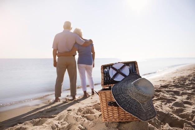ピクニックに最適な場所としてのビーチ