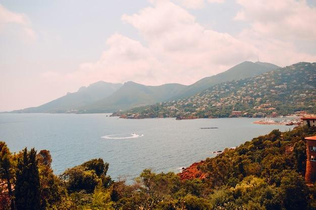 프랑스 리비에라 해변 베이