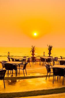 Beach dinner two summer white