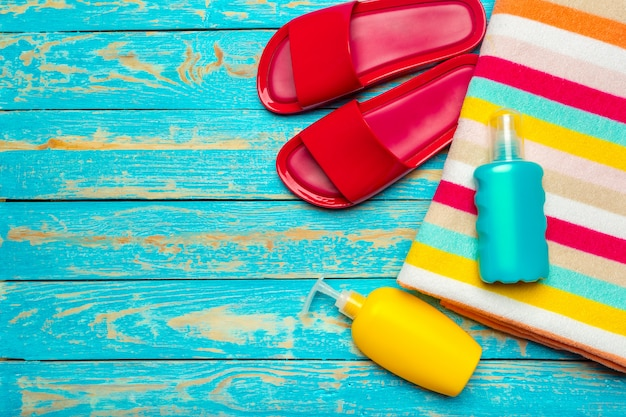 Beach flat lay accessories.