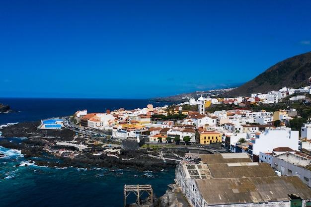 テネリフェ島、カナリア諸島、スペインのビーチカナリア諸島のガラチコの空撮