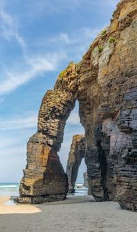 Пляж соборов кантабрикское побережье испания