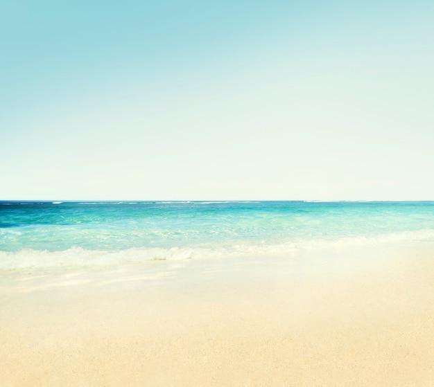 해변 야외 여행 목적지 관광 명소 개념