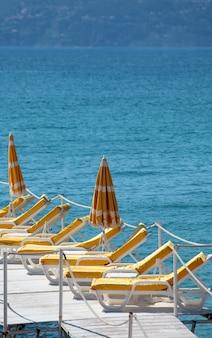 カンヌフランスのビーチフロント