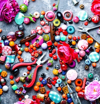 Beading process,colorful beads