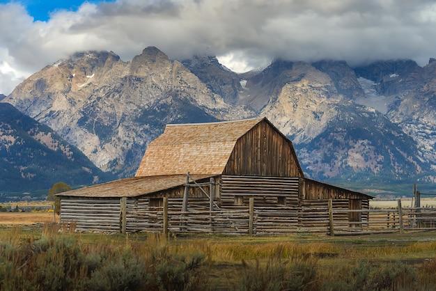 Beathtaking view of mormon row hostoroc in grand teton national park