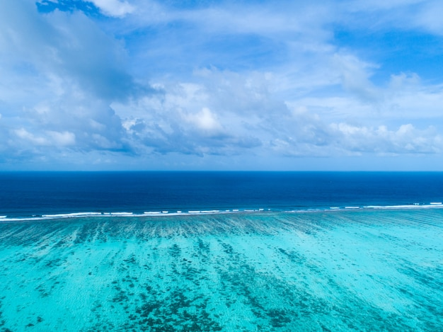 Beautiful aerial view of maldives and tropical beach. travel and vacation concept
