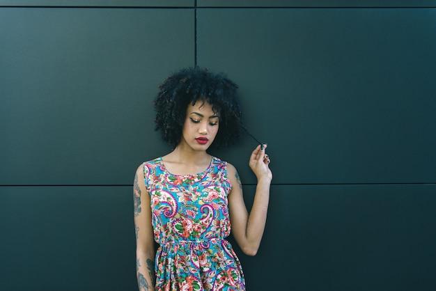 美しいアフリカ系アメリカ人の女の子