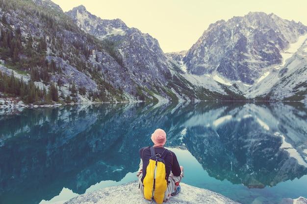 미국 워싱턴의 아름다운 고산 호수 황야 지역
