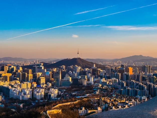 서울에서 아름 다운 건축 건물 도시 풍경