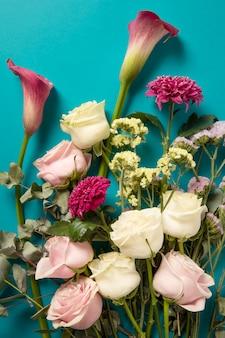 Красивая композиция из цветов для именинницы