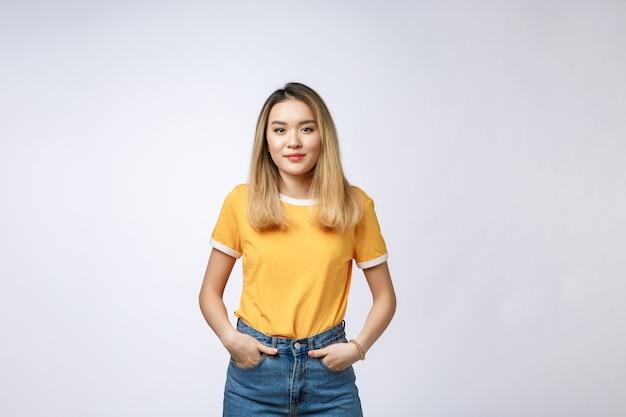 건강한 피부와 아름 다운 아시아 여자