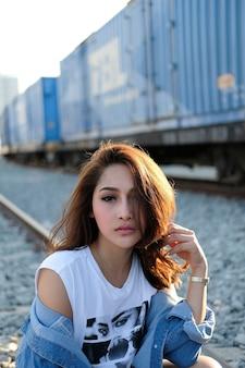 Красивая азиатская женщина.