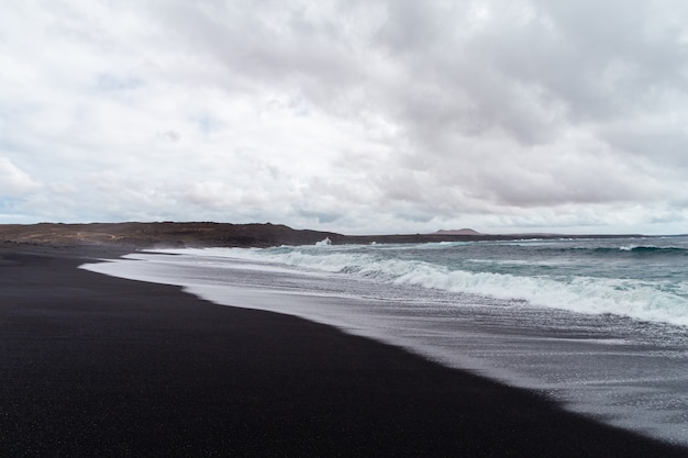 ランサローテ島の美しいビーチ。