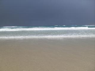 美しいビーチ海の波