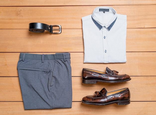 Красивая повседневная мужская мода и комплект одежды
